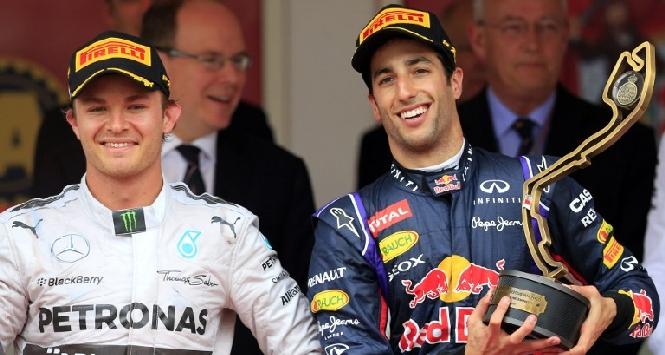 Rosberg e Ricciardo (Afp)