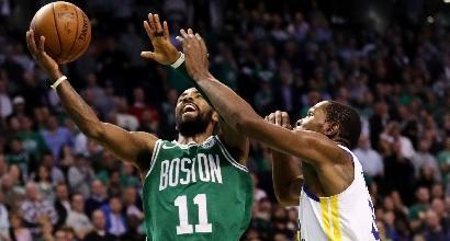 Basket, Nba: Boston non si ferma più, anche Golden State va ko