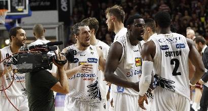 Basket, Serie A: Trento show, Venezia travolta