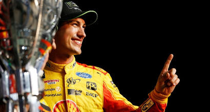 NASCAR, Joey Logano da bad boy a campione