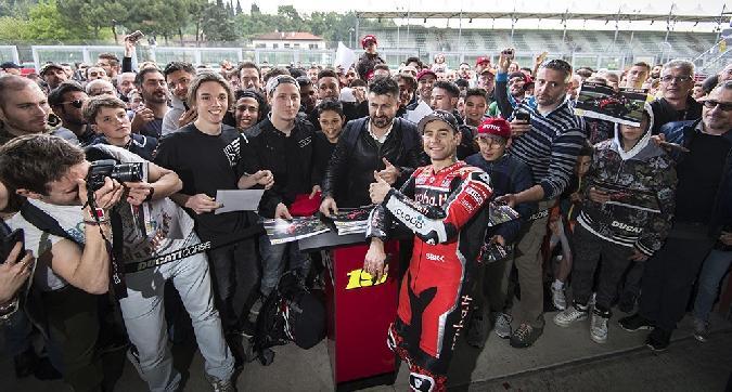Superbike, giornata di test Ducati a Imola