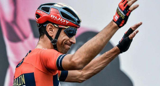 """Giro, Nibali: """"Roglic sta correndo da calcolatore, ora inizia un'altra corsa"""""""