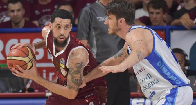 Basket, finale scudetto: 20 di Daye, Venezia batte Sassari 78-65 e va sul 3-2