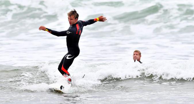 F1, Gasly e Verstappen surfisti Red Bull