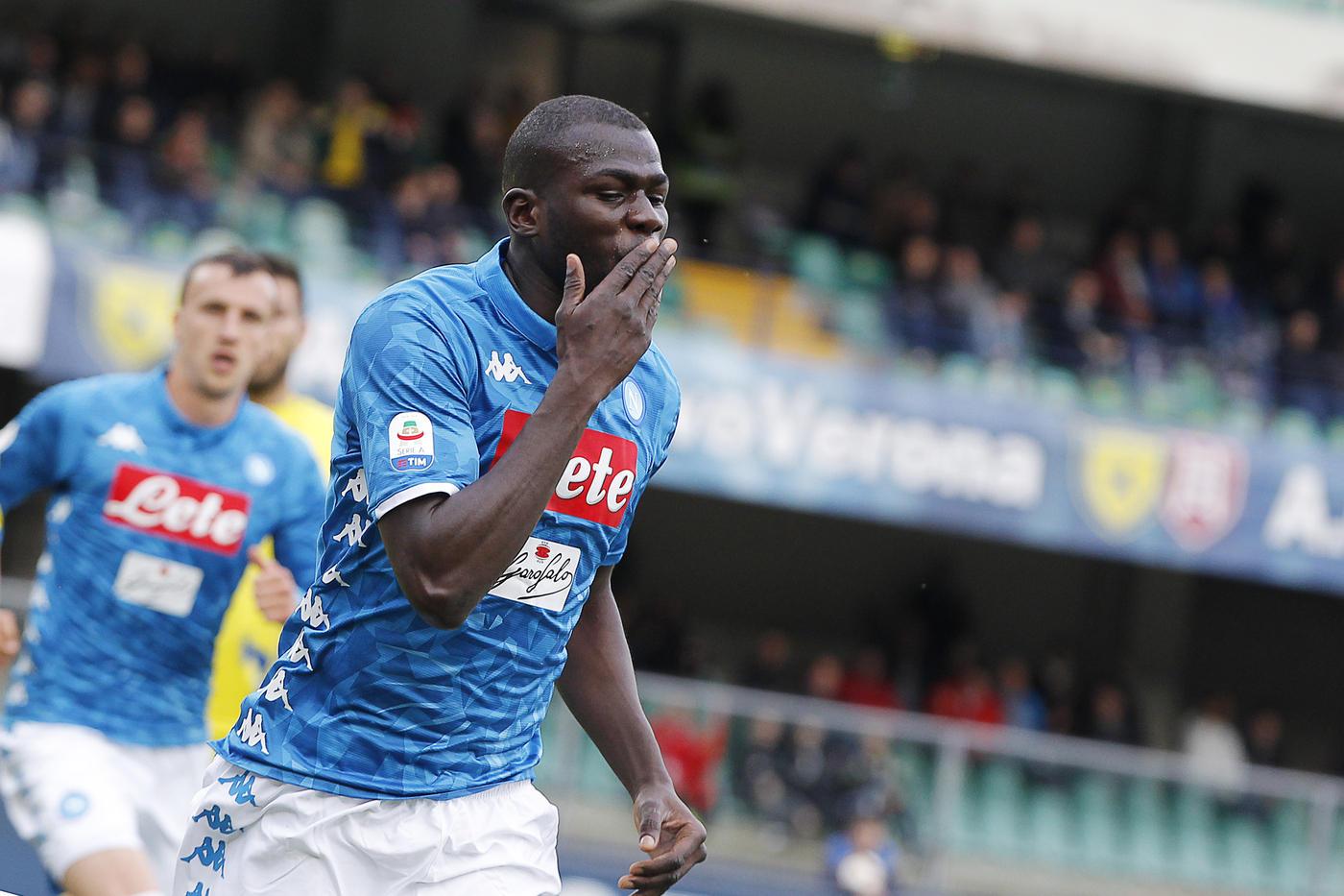 Le immagini del successo del Napoli al Bentegodi (3-1)