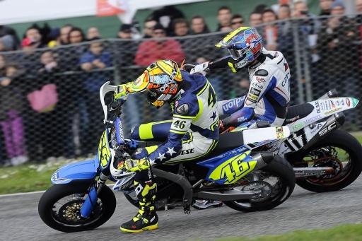 Rossi in pista per Simoncelli