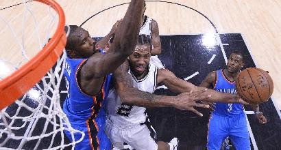 Nba, playoff: colpaccio Thunder in casa Spurs, i Cavs partono bene