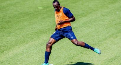 Bolt prepara il suo esordio da bomber:
