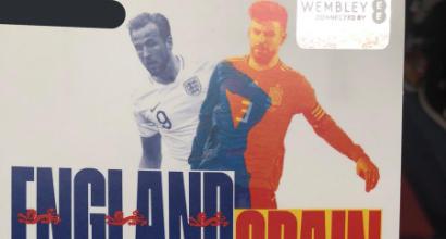 Inghilterra-Spagna, paura per Shaw: perde i sensi dopo una botta alla testa