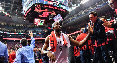 Nba, playoff: Toronto travolge Milwaukee e pareggia i conti nella serie
