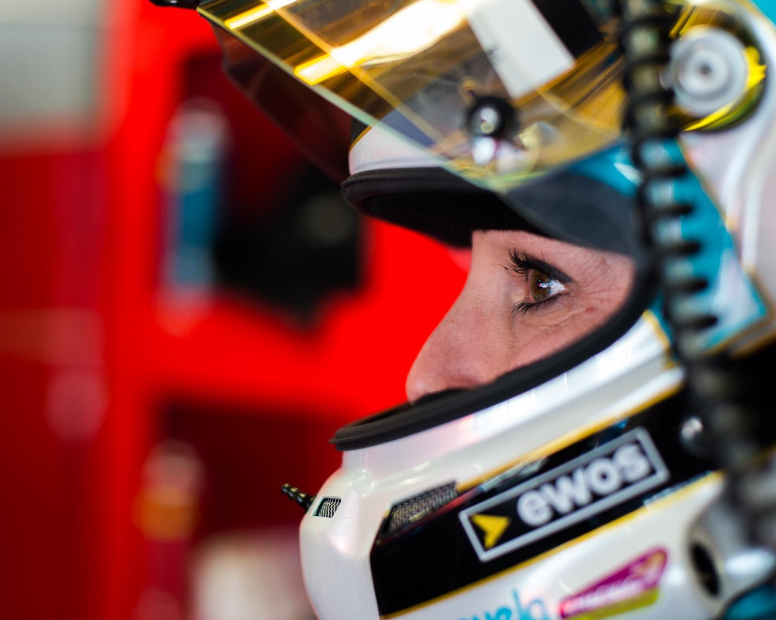 Kessel Racing ha affidato a Manuela Gostner, Rahel Frey e Michelle Gatting una 488 GTE e nelle weekend saranno impegnate a Monza nella 4 Ore dell'Euro...