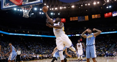 Nba: brillano i Warriors, Cavs ancora ko