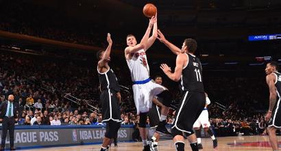 Nba: ai Knicks il derby, cadono i Cavs