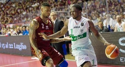 Basket, Playoff Serie A: Ragland stende Venezia, è 2-1 Avellino