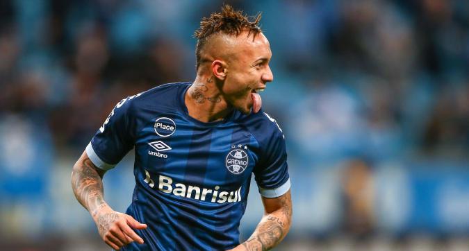 Milan, assalto a Everton: Leonardo tratta con il Gremio