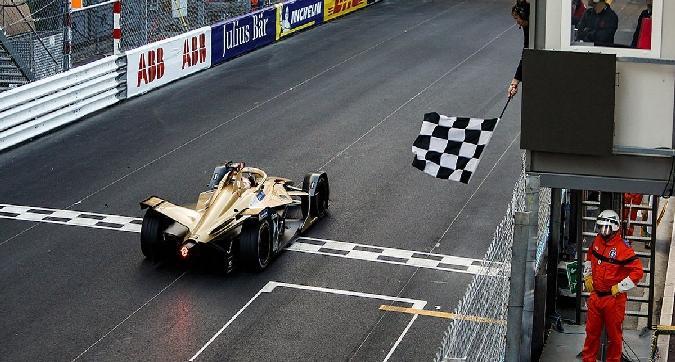Formula E, Vergne vince a Monaco