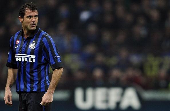 2004: l'Inter vince il braccio di ferro con la Juventus acquistando dalla Lazio Stankovic, che rimarrà per 8 stagioni e mezzo in nerazzurro