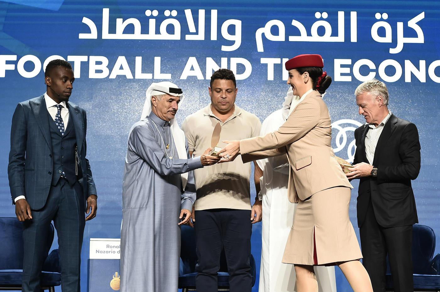 A Dubai sfilano i big del calcio