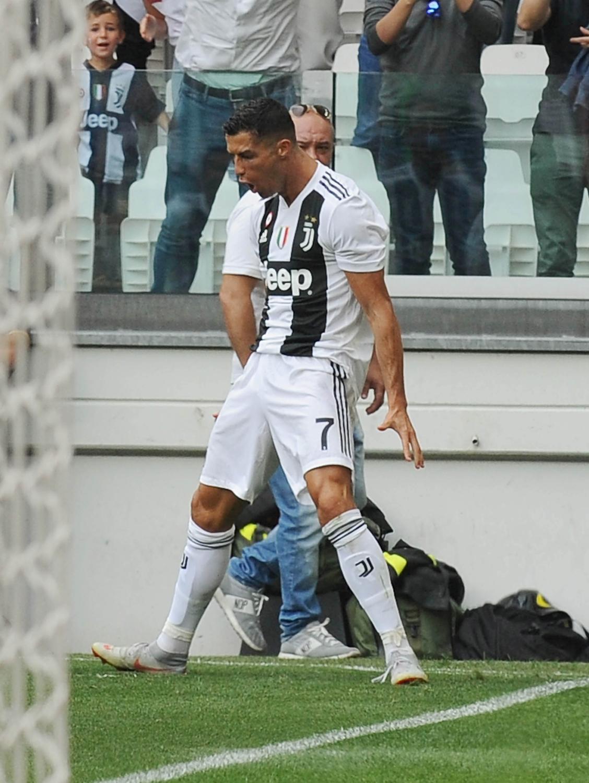 16 settembre - Primo gol di CR7 con la maglai della Juve. Dopo 344', nella gara contro il Sassuolo, Ronaldo segna la sua prima rete in Serie A