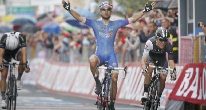 Giro d'Italia 2014, 4.a tappa: Bouhanni show sotto la pioggia