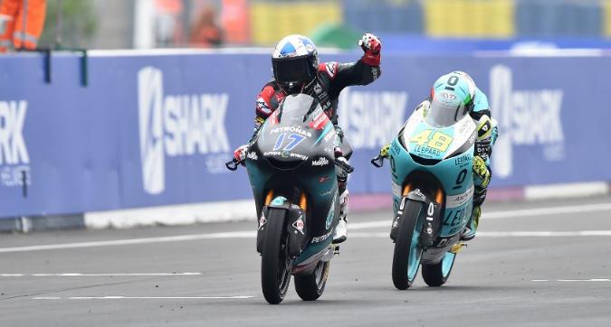 Moto3 Francia, vince McPhee davanti a Dalla Porta