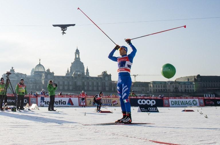 """Dopo il trionfo di ieri nell'individuale, Federico Pellegrino si ripete anche in coppia con Dietmar Noeckler nella prova di team sprint a squadre di Dresda che sarà presente anche ai Giochi Olimpici di PyeongChang. Il duo azzurro ha vinto in 12'18""""3 precedendo la Svezia, seconda, e la Russia, terza. La gara femminile è stata vinta da Svezia 2, davanti a Svezia 1 e a Usa 1. Italia 1, con Giulia Stuerz e Gaia Vuerich, termina al nono posto."""
