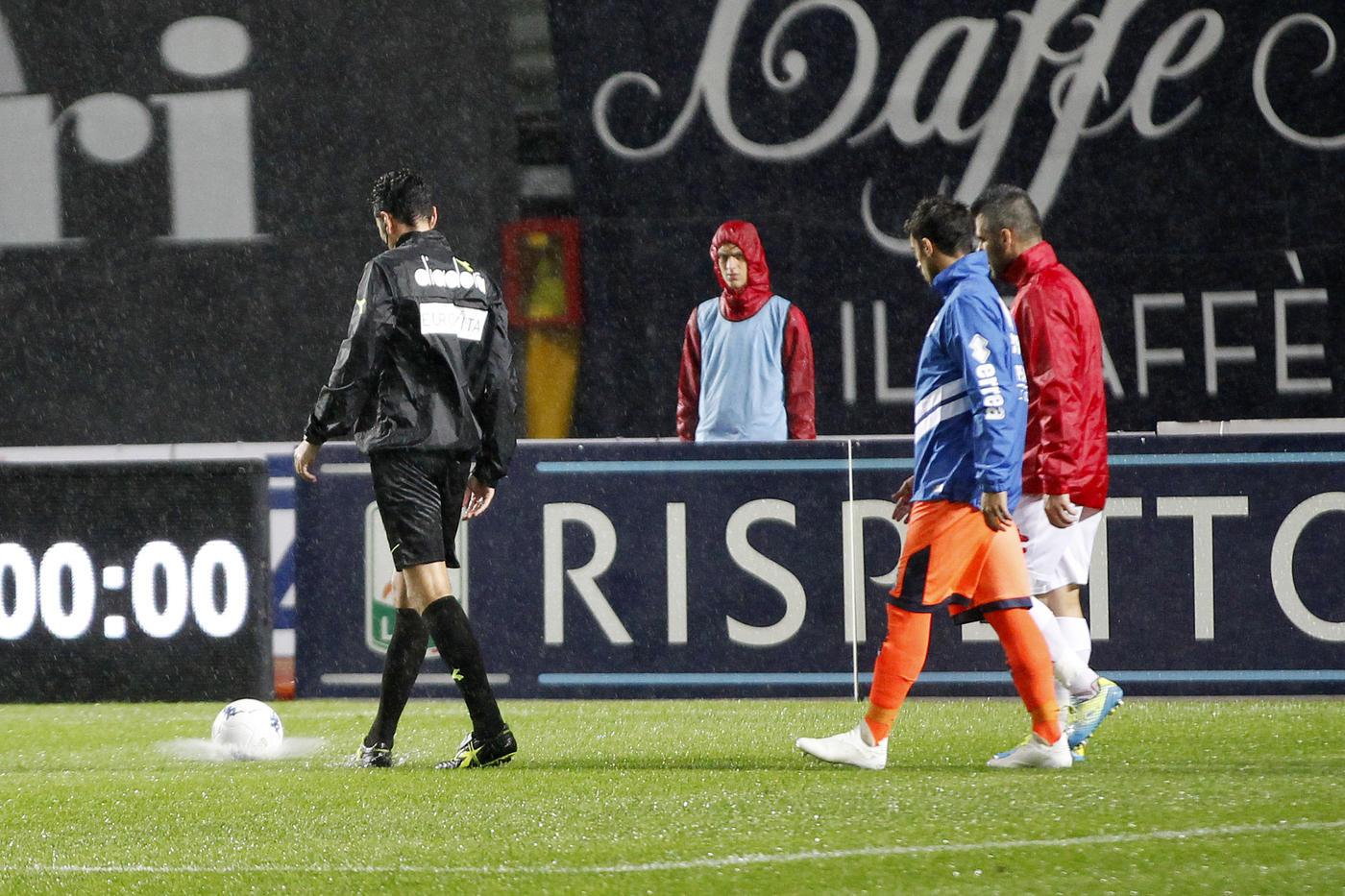 Serie B, Padova-Pescara rinviata per maltempo