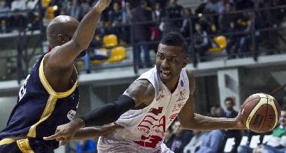 Basket, Serie A: Milano domina, Siena si salva