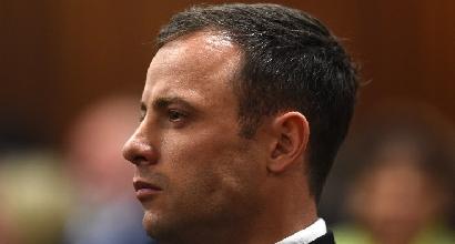 Pistorius è ai domiciliari: il 3 novembre processo d'appello