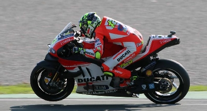 MotoGP, niente operazione alla spalla per Iannone