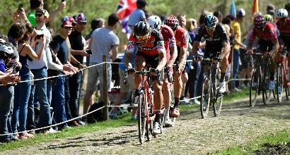 Parigi-Roubaix 2017: capolavoro Van Avermaet, Moscon quinto