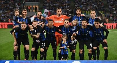 Inter - Figli, foto e sorrisi da passerella finale prima del Sassuolo: la società non gradisce. Ma non decide il club?