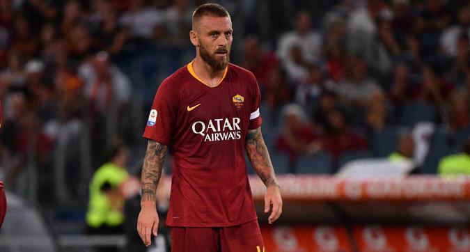 Roma, l'addio a De Rossi tra fascia personalizzata e ipotesi Boca Jrs