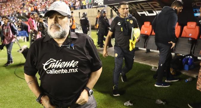 "Messico, Maradona lascia i Dorados per ""motivi medici"""