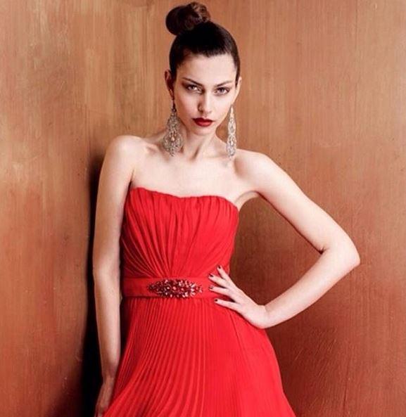 Sarà Laura Barth, modella, attrice e testimonial di molte campagne pubblicitarie, il nuovo volto del canale tematico bianconero. La splendida modella laureata in Giurisprudenza prende il posto della spagnola Laura Barriales.<br /><br />