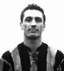 Ivano Blason, Triestina: sei mesi di stop per aver dato un pugno all'arbitro (1947)