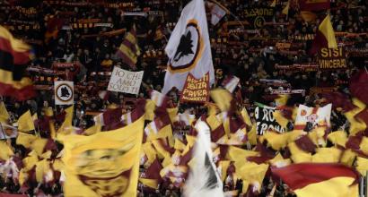 Roma, la Curva Sud contesta: silenzio e niente bandiere col Genoa