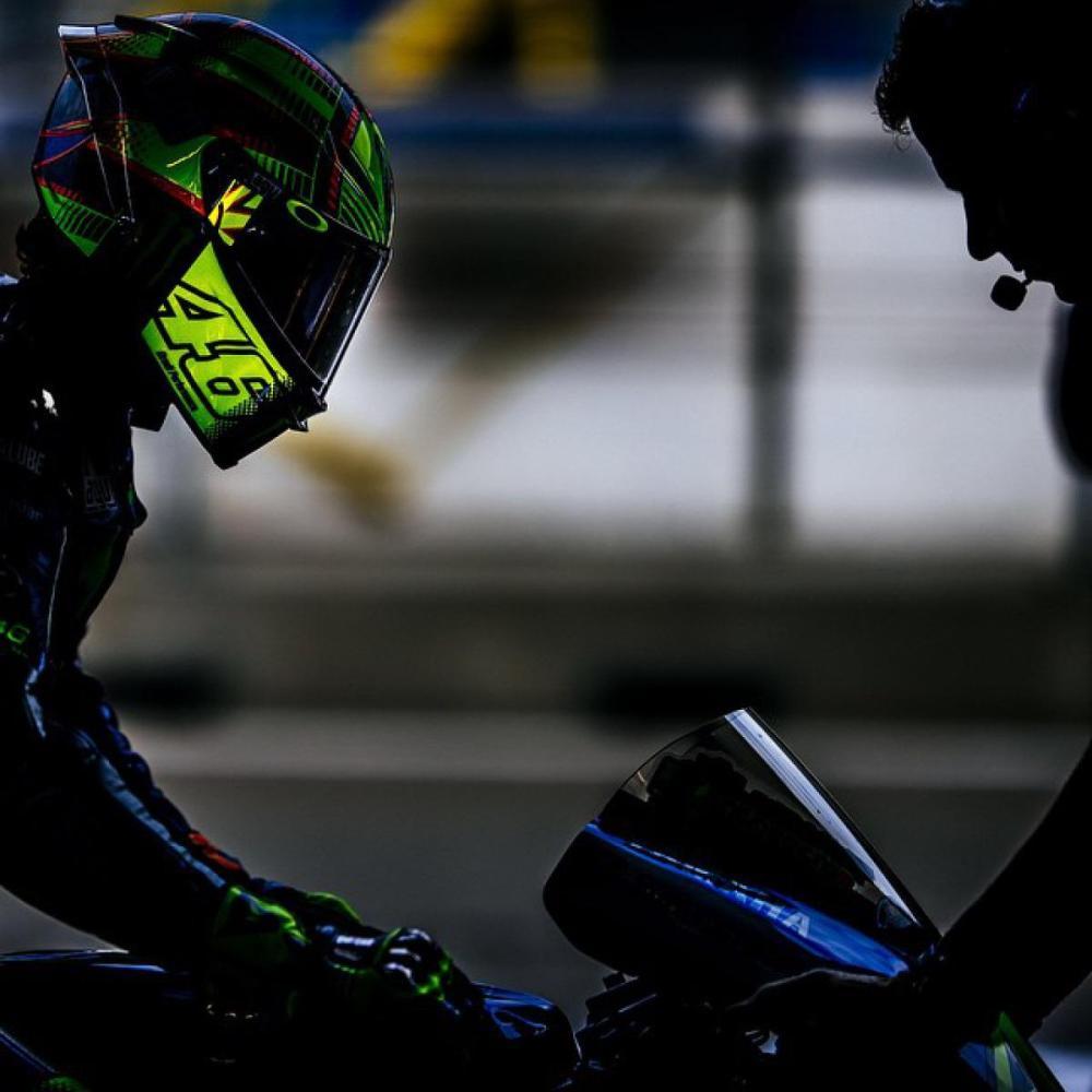 MotoGP, Assen: Valentino Rossi super qualifica e pole record