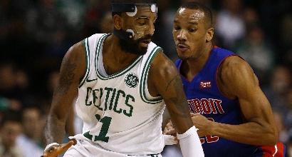 NBA: Golden State e Boston fermate. Harden fa di nuovo 37