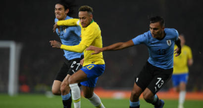 Brasile-Uruguay, scintille tra Cavani e Neymar: fallaccio e scuse respinte