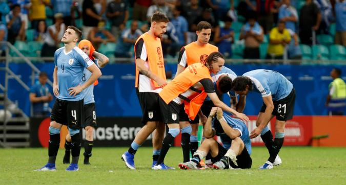 Copa America: Cavani e Suarez tradiscono l'Uruguay, Perù in semifinale ai rigori