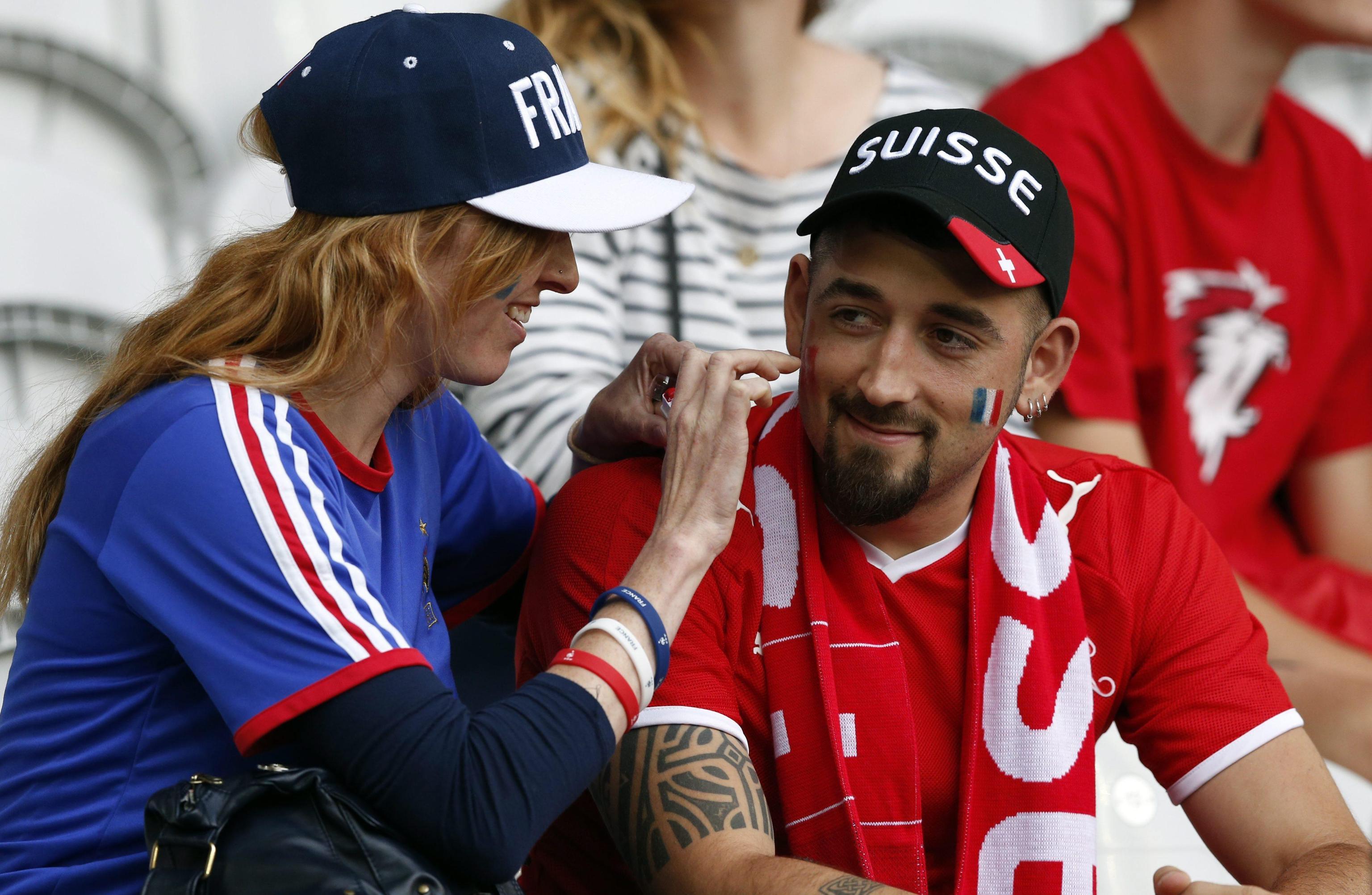 Euro 2016: Francia prima, Svizzera agli ottavi