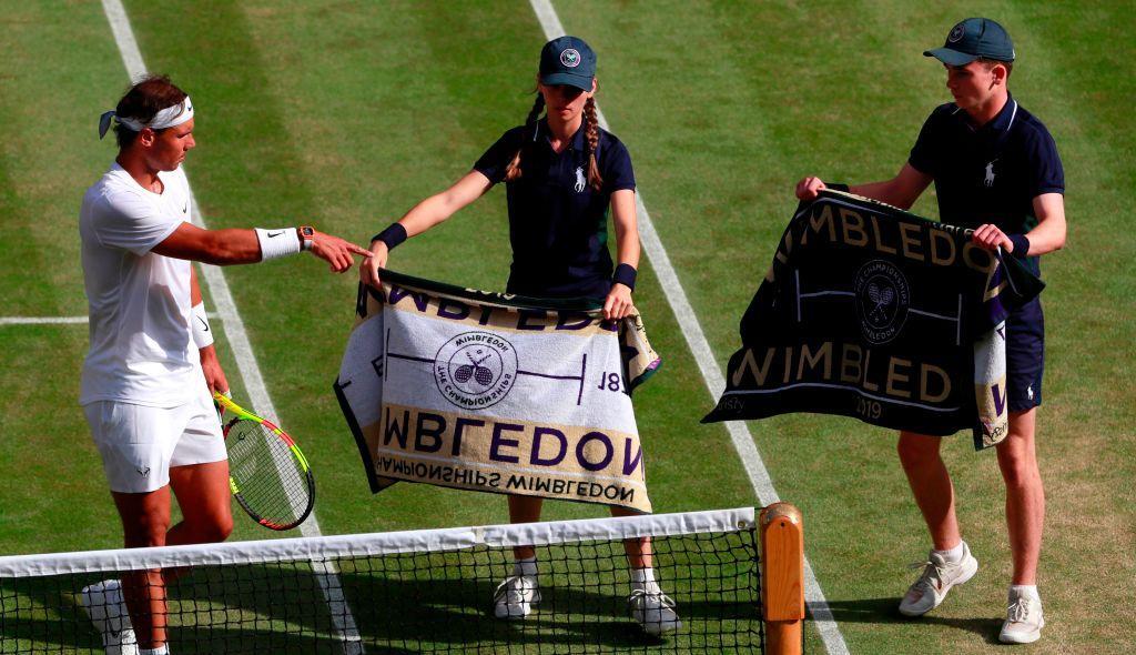 Semifinale da brividi tra Rafa Nadal e Roger Federer: la fotostoria del match