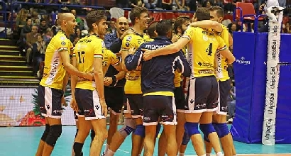 Volley, SuperLega: Macerata e Modena passeggiano