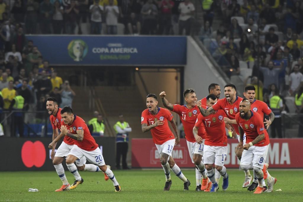 Il Cile vince ai rigori e si qualifica per la semifinale di Copa America