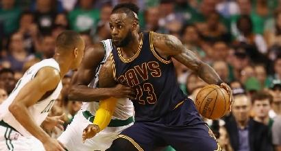 NBA, Playoff: Cavs inarrestabili, 1-0 sui Celtics
