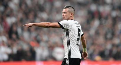 Besiktas, Pepe rescinde e paga lo stipendio ai dipendenti