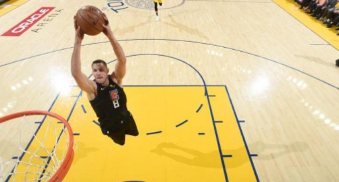 Nba: super Gallinari fa sognare i Clippers, la tripla doppia di Simmons guida i Sixers al riscatto