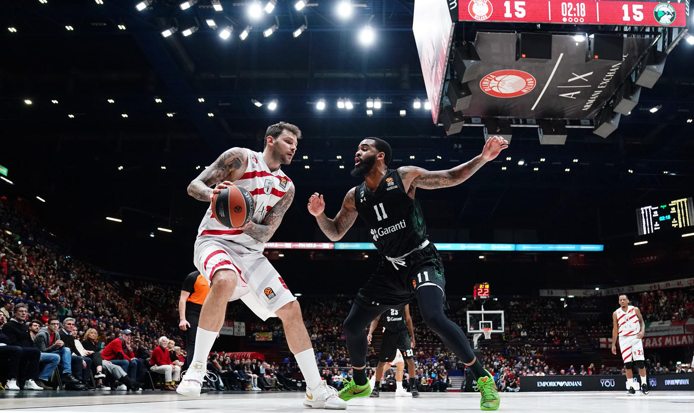 Basket, Eurolega: Milano batte Darussafaka 90-78