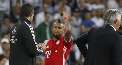 Rabbia Bayern, irruzione dei giocatori nello spogliatoio dell'arbitro